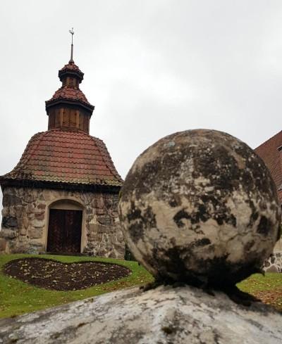 vanha kirkko.jpg